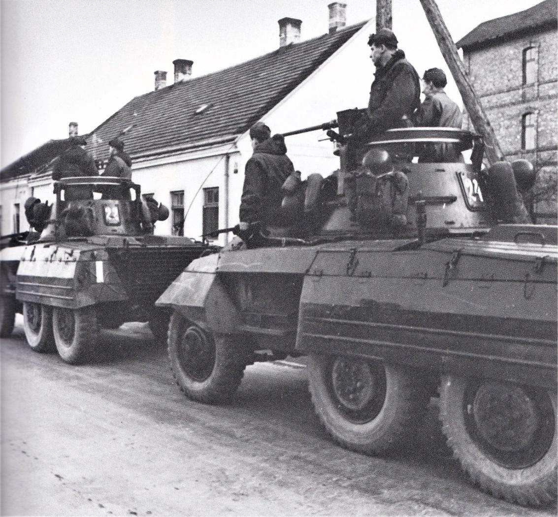 D:\Archiv Nemeth\Fzg-Gerät-Ausrüstung\Fahrzeuge\Mehrspurige Kfz\BH Fahrzeuge\M8\Ungarn 1956\Ungarn 3.jpg
