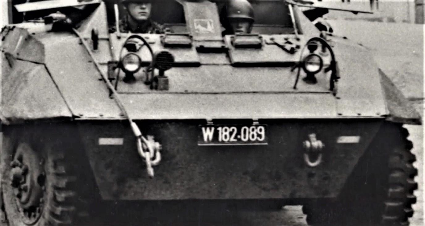 D:\Archiv Nemeth\Fzg-Gerät-Ausrüstung\Fahrzeuge\Mehrspurige Kfz\BH Fahrzeuge\M8\W 182 089.jpg