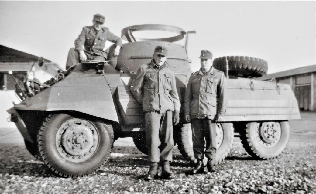 D:\Archiv Nemeth\Fzg-Gerät-Ausrüstung\Fahrzeuge\Mehrspurige Kfz\BH Fahrzeuge\M8\M8 Fahrschule, 1965 4.jpg