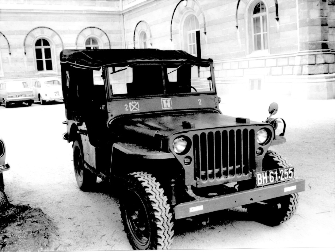 D:\Archiv Nemeth\Fzg-Gerät-Ausrüstung\Fahrzeuge\Mehrspurige Kfz\BH Fahrzeuge\Jeep\BH 61 255.jpeg