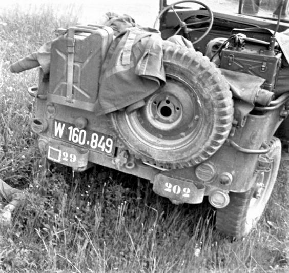 D:\Archiv Nemeth\Fzg-Gerät-Ausrüstung\Fahrzeuge\Mehrspurige Kfz\BH Fahrzeuge\Jeep\W 160 849.jpg