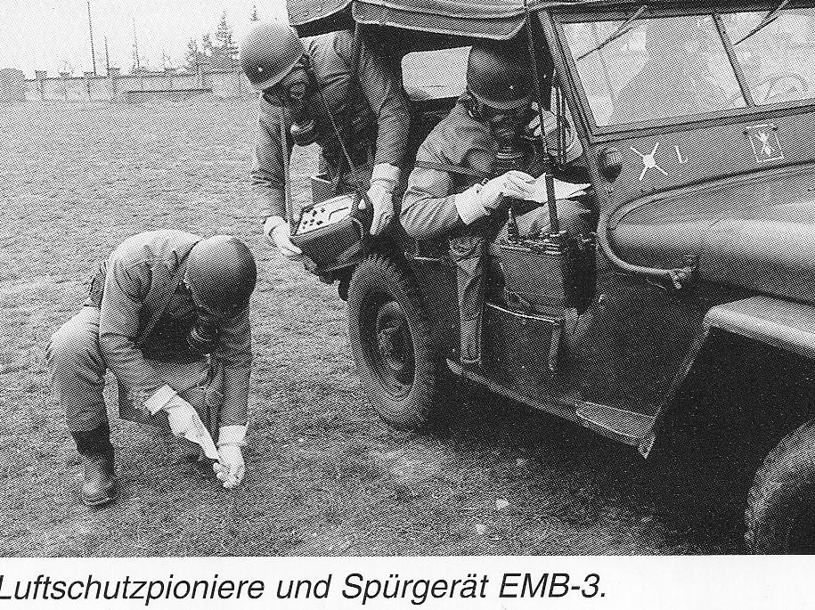 D:\Archiv Nemeth\Fzg-Gerät-Ausrüstung\Fahrzeuge\Mehrspurige Kfz\BH Fahrzeuge\Jeep\EMB-3.jpg