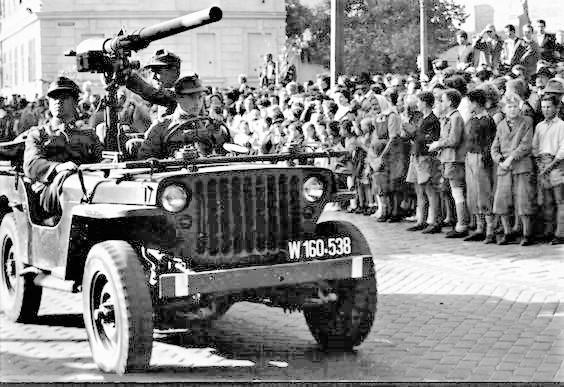 D:\Archiv Nemeth\Fzg-Gerät-Ausrüstung\Fahrzeuge\Mehrspurige Kfz\BH Fahrzeuge\Jeep\rPak\W 160 538.jpg