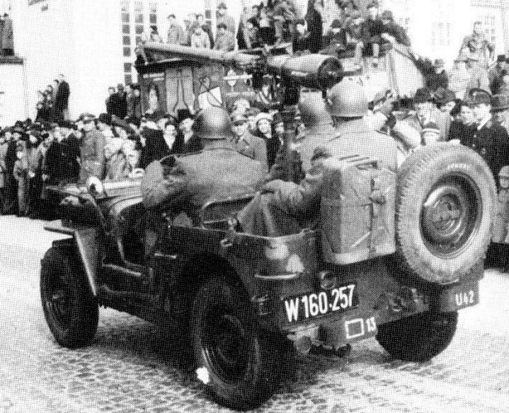 D:\Archiv Nemeth\Fzg-Gerät-Ausrüstung\Fahrzeuge\Mehrspurige Kfz\BH Fahrzeuge\Jeep\rPak\7,5cm rPak T21 W 160 257.jpeg