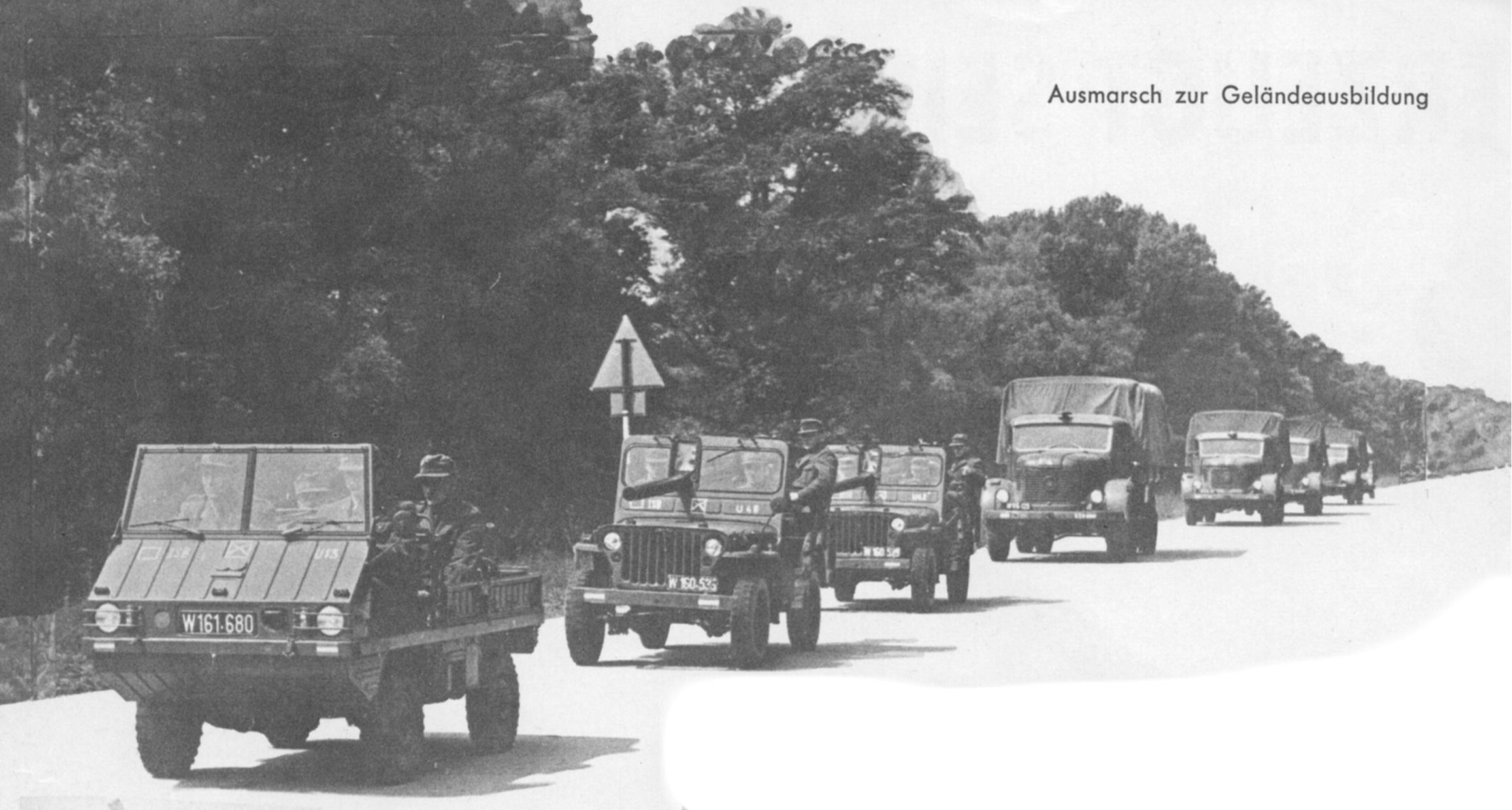 D:\Archiv Nemeth\Fzg-Gerät-Ausrüstung\Fahrzeuge\Mehrspurige Kfz\BH Fahrzeuge\BH Fahrzeuge Kolonne\Kolonne1961.JPG