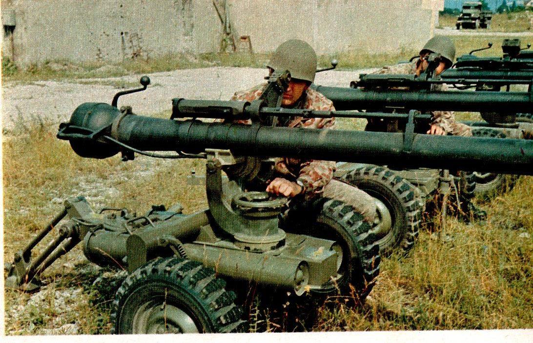 D:\Archiv Nemeth\Fzg-Gerät-Ausrüstung\Fahrzeuge\Mehrspurige Kfz\BH Fahrzeuge\Jeep\rPak\10,6 rPak 66-1.jpeg
