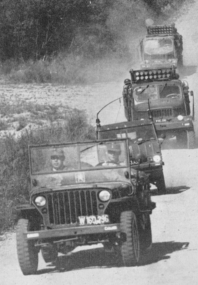D:\Archiv Nemeth\Fzg-Gerät-Ausrüstung\Fahrzeuge\Mehrspurige Kfz\BH Fahrzeuge\BH Fahrzeuge Kolonne\Kolonne1973.JPG