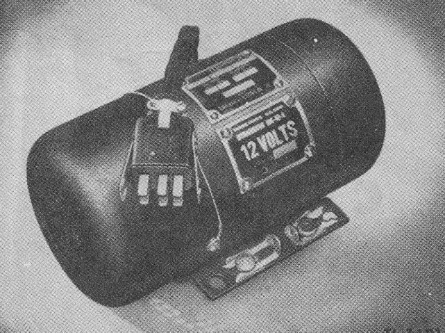 D:\Archiv Nemeth\Fzg-Gerät-Ausrüstung\Gerät\Nachrichtengerät\BH-US\SCR-506\Dynamo DN-40.jpg